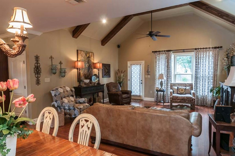 collierville-hearth-room-addition-02-thumbnail